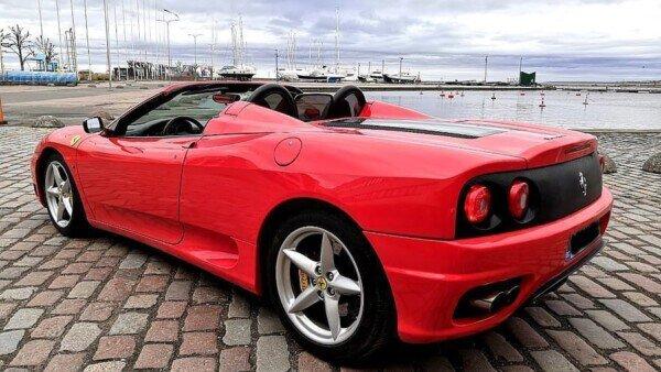 Päeva kuulutus: see on punane Ferrari 360 Spider