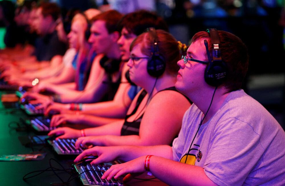 VÕRDLUSTABEL | Vaata, milline vägevus peitub tulevastes mängukonsoolides PlayStation 5 ja Xbox Series X